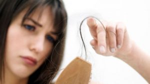 EVERYDAY HABITS CAUSING HAIR FALL